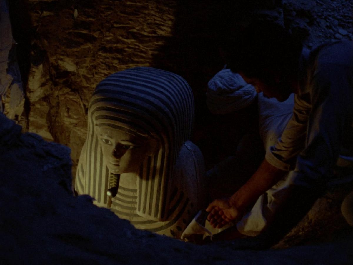 (2) Al-mummia [The Mummy] (Shadi Abdel Salam, 1969)