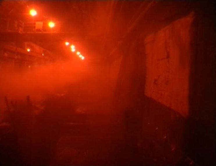 (3) Tiexi qu [West of the Tracks] (Wang Bing, 2002)