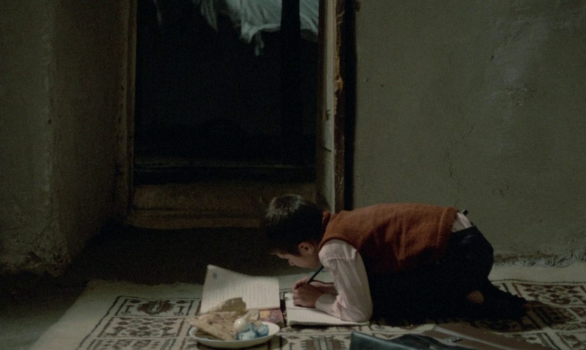 (1) Khane-ye doust kodjast? [Where Is the Friend's Home?] (Abbas Kiarostami, 1987)